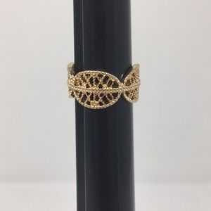Gold Color Lace design Ring size 8